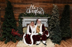 Santa & Mrs Claus 2020