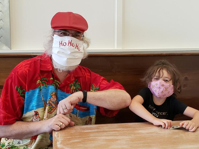 Santa does Social Distance at Tropical Smoothie Cafe in Schertz