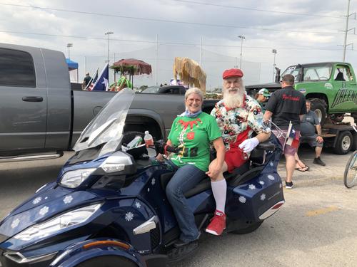 Summer Santa Claus - San Antonio
